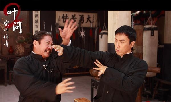Chung Tu Don dong 'Diep Van 3' voi cat xe gan 5 trieu USD hinh anh 3 Chung Tử Đơn và Hồng Kim Bảo có những màn giao đấu tuyệt đẹp trong Diệp Vấn 2.
