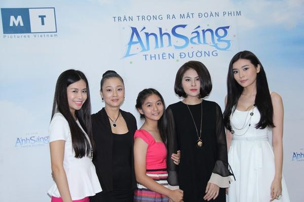 Van Trang lai dong vai ma mi, bi hiem hinh anh 4