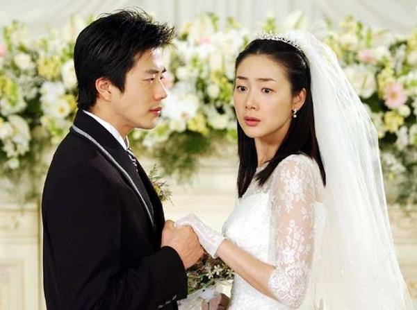 Những hình ảnh nổi tiếng của Kwon Sang Woo va Choi Ji Woo trong phim Nấc thang lên thiên đường.