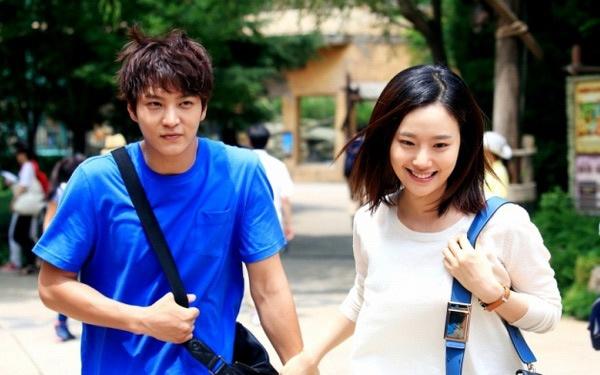 Phim nuoc ngoai tren song truyen hinh Viet hinh anh 3 Được vinh danh Phim truyện xuất sắc nhất tại Giải thưởng nghệ thuật Baeksang và Giải thưởng PD Hàn Quốc 2014, phim lần đầu tiên phát sóng tại Việt Nam trên kênh HTV2, lúc 20h thứ hai đến thứ sáu hằng tuần từ 9/6.