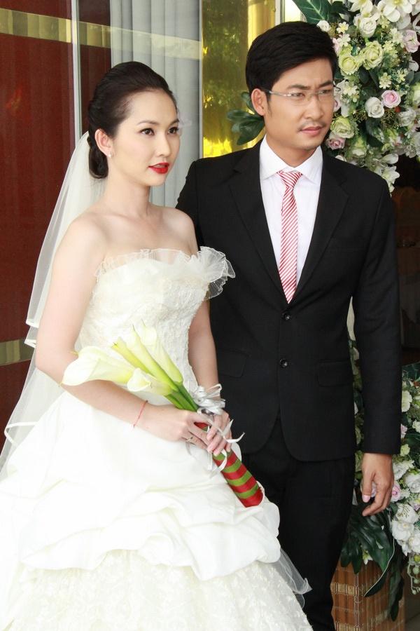 Kim Hien lam ke boi tinh xinh dep hinh anh 4 Trong phim Kẻ bội tình, Kim Hiền làm đám cưới đến 2 lần với Phong (Trí Quang đóng) và Định (Trọng Nhân đóng)