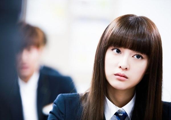 """Kim Ji Won với biệt danh """"tiểu thư sang chảnh"""" của Người thừa kế được nhiều khán giả yêu thích."""