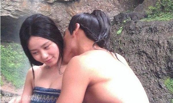 Banh Vu Yen hon Luu Thi Thi den khoc hinh anh 5 Trong phim, Bành Vu Yến và Lưu Thi Thi không chỉ có một cảnh hôn.