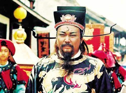 'Bao Cong' Kim Sieu Quan 2 lan suyt chet hinh anh