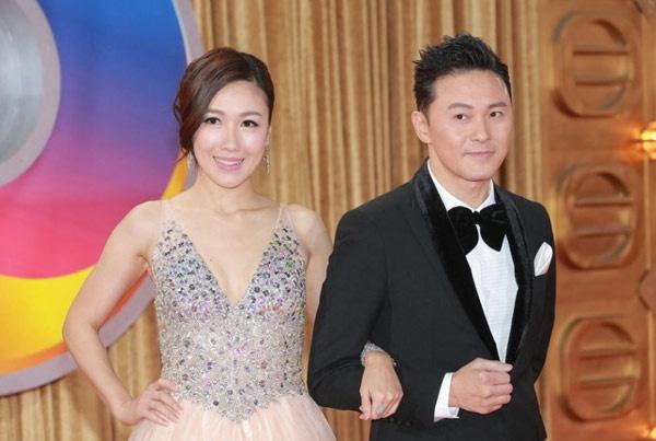 Sao TVB dap diu bat cap tren tham do hinh anh 12 Lý Thi Vận và Tào Vĩnh Liêm.