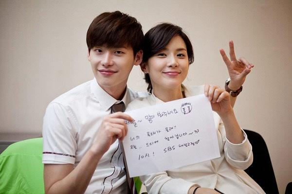 Bo phim '3 khong' cua truyen hinh Han ra mat khan gia Viet hinh anh 3 Lee Jong Suk và Lee Bo Young trở thành một cặp đôi rất được yêu thích với Đôi tai ngoại cảm.