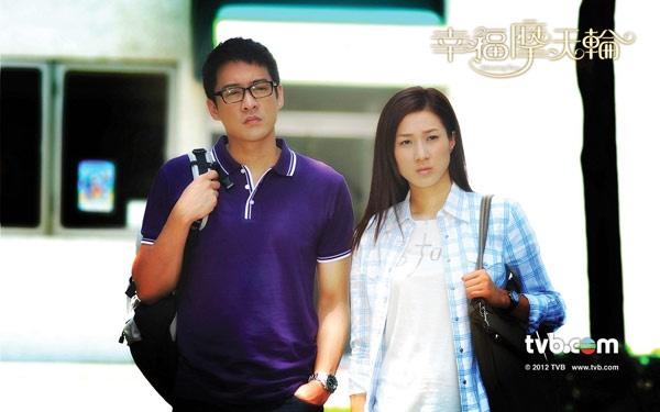 Nhung chang Tieu sinh tuong lai cua man anh nho TVB hinh anh 8 Có vai diễn từ năm 2006, tính đến nay Trần Trí Sân đã tham gia hơn 30 phim, dù chỉ là vai phụ, vai thứ nhưng nhờ ngoại hình thân thiện, anh được khán giả nhớ đến. Năm 2012, sự nghiệp của nam diễn viên sinh năm 1977 rẽ sang một bước ngoặt mới khi đóng cặp với Chung Gia Hân, đảm nhận vai nam chính bộ phim Vòng quay hạnh phúc. Cơ hội đang được mở ra, Trần Trí Sân có thành công hay không còn phụ thuộc vào khả năng của anh.