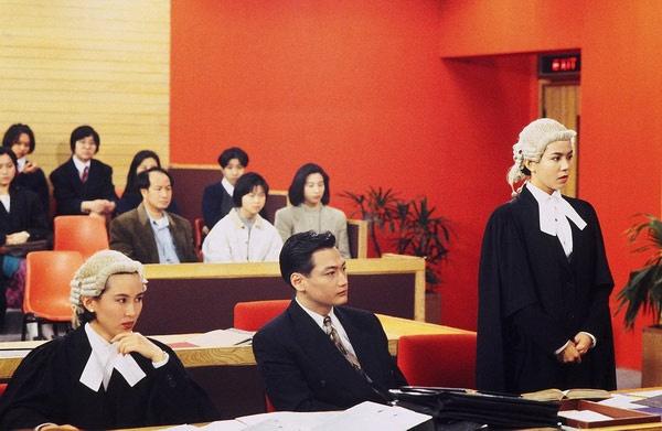 Phat song series kinh dien TVB 'Ho so cong ly' hinh anh 1 Được đưa vào danh sách những series phim TVB kinh điển của thập niên 90 của thế kỷ trước, 2 phần đầu của Hồ sơ công lý phát sóng trên kênh HTV2 lúc 22h thứ hai đến thứ bảy hàng tuần từ 24/3.