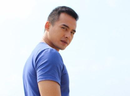 Luong The Thanh han tinh, han doi trong phim moi hinh anh