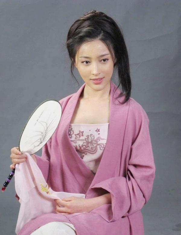 Nang Phan Kim Lien 2011 quyen ru trong vai dien moi hinh anh 6