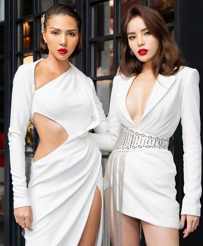 Minh Tu va cac my nhan Viet chuong vay da hoi khoe nguc, xe ta cao hinh anh 10 Sao_nu_Vbiz_chuong_vay_xe_ta_cao_9.jpg