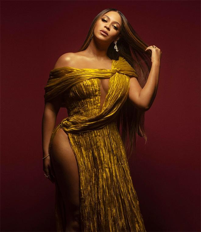 Beyonce va dan sao quoc te mac thiet ke cua Cong Tri tren tham do 2019 hinh anh 6 Sao_Hollywood_mac_Cong_Tri_2019_6_1.jpg