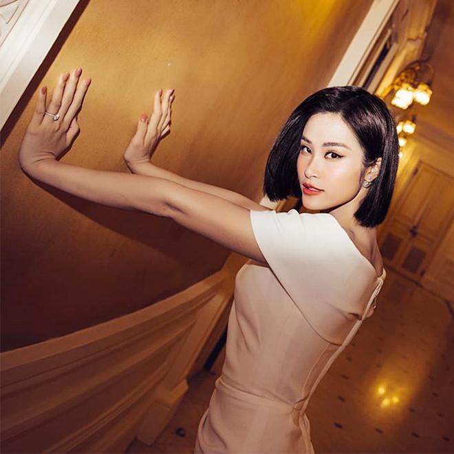 Hoang Thuy, Ky Duyen va nhieu sao nu nang tam nhan sac nho toc ngan hinh anh 8 Sao_nu_Vbiz_cat_toc_ngan_7.jpg