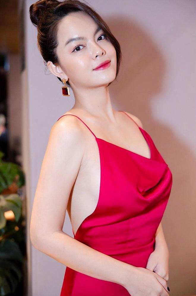 Ho Ngoc Ha, Duc Phuc doi thuong an mac dep va mua nhieu hang hieu hinh anh 7 Sao_Viet_tuoi_Ty_mac_dep_5_1.jpg