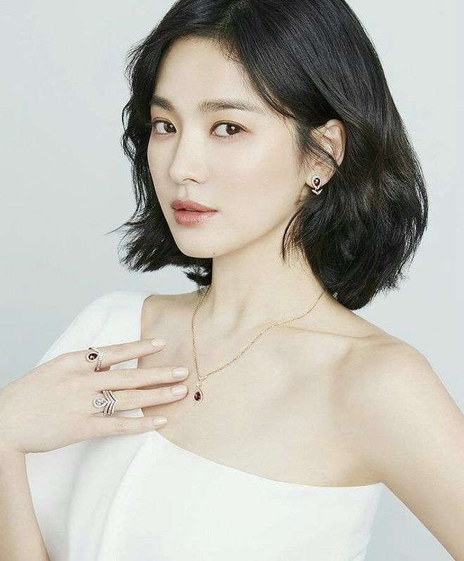 Yoona, V (BTS) hang ngay an gi de giam can va co lan da min mang? hinh anh 10 Bi_quyet_giu_dang_cua_sao_Han_5.jpg