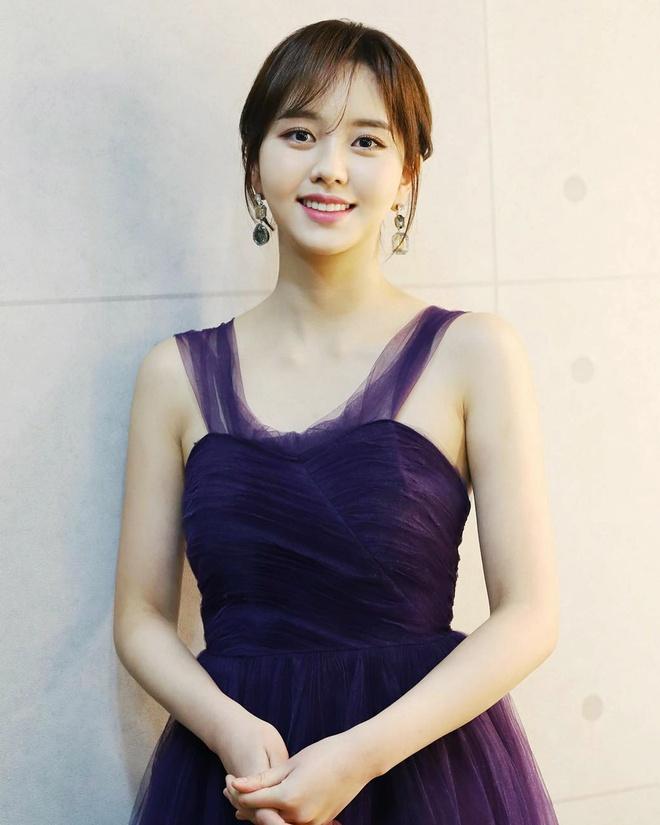 Yoona, V (BTS) hang ngay an gi de giam can va co lan da min mang? hinh anh 9 Bi_quyet_giu_dang_cua_sao_Han_7.jpg