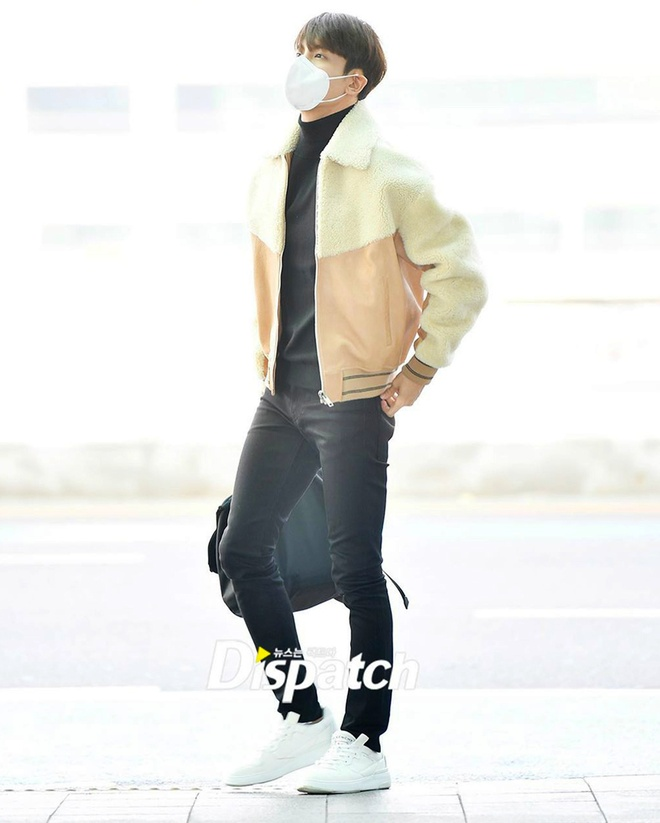 BTS va dan sao Han phoi do chat voi khau trang phong virus corona hinh anh 12 Sao_Han_phoi_do_voi_khau_trang_9a.jpg