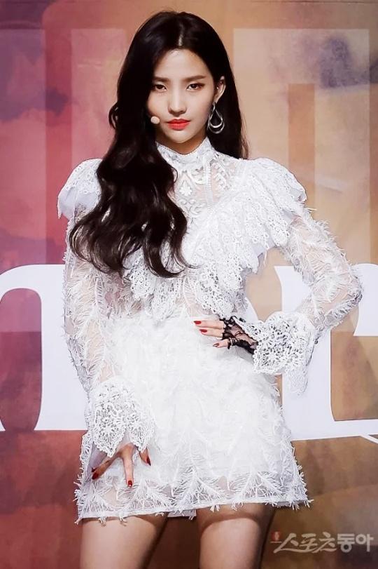 Jennie, HyunA va cac sao nu co bo canh trinh dien an tuong nhat hinh anh 10 Sao_nu_kpop_mac_do_dien_an_tuong_7.jpg