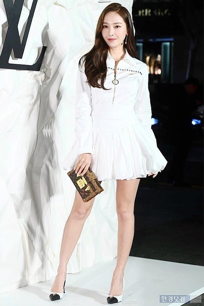 Irene, Taeyeon da lam cach nao de trong cao hon 1,58 m? hinh anh 2 Meo_phoi_do_tang_chieu_cao_cua_sao_Han_2.jpg