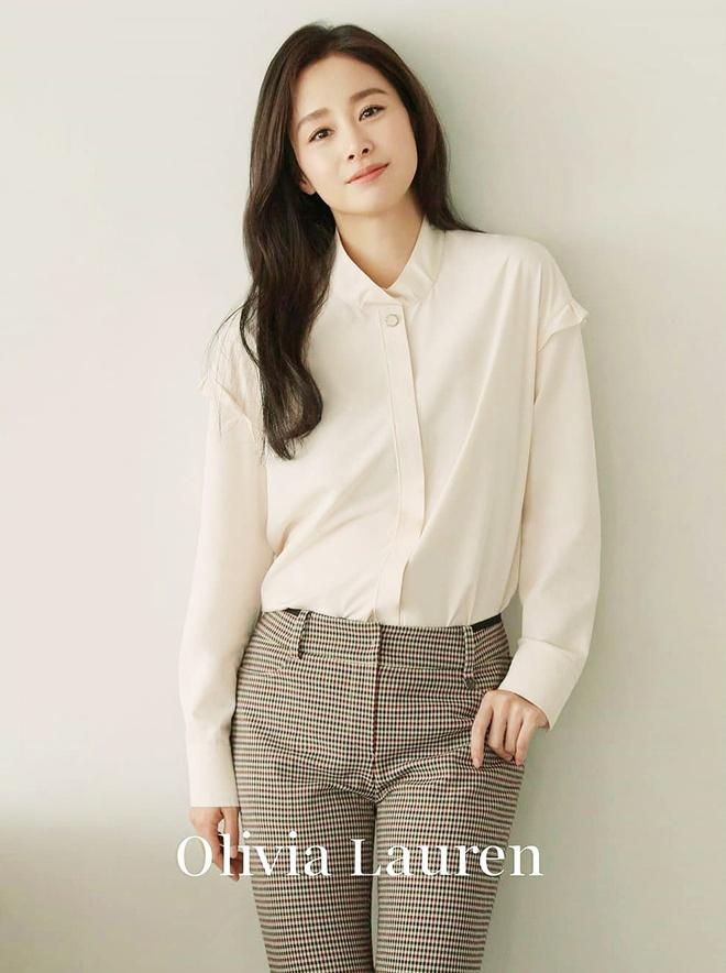 Sau 2 lan sinh no, Kim Tae Hee da giam can va giu dang the nao? hinh anh 3 Kim_Tae_Hee_giam_can_giu_dang_3.jpg
