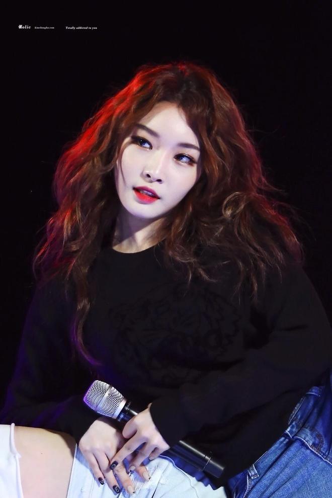 Jennie, HyunA va dan my nhan Han trong quyen ru khi thoa son do hinh anh 6 Sao_nu_thoa_son_do_4a.jpg