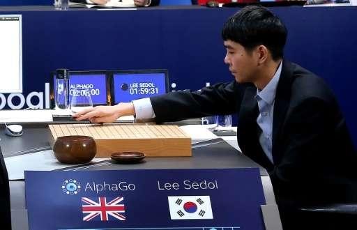AlphaGo nhan danh hieu cuu dang sau tran dau lich su hinh anh 1