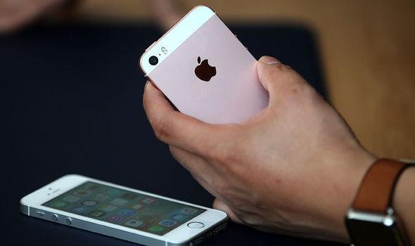 iPhone SE: Thiet ke nham chan, cau hinh vuot troi hinh anh