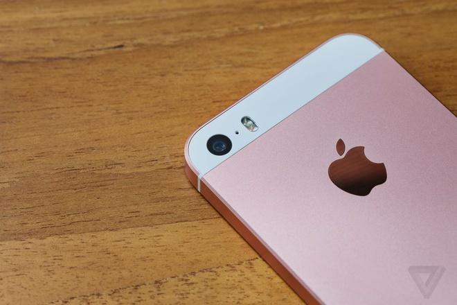 Danh gia iPhone SE: Thiet ke hom qua, cau hinh hom nay hinh anh 3