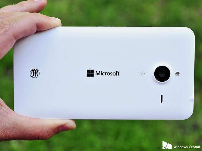 Microsoft ve dau sau khi ngung ban smartphone Lumia? hinh anh