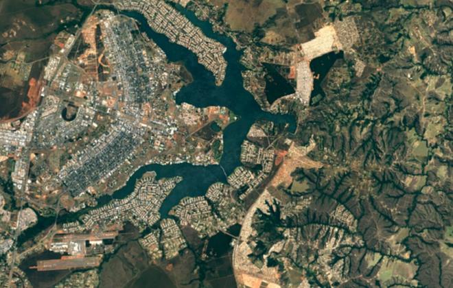 Google Earth nang cap, de dang nhin moi thu tu vu tru hinh anh