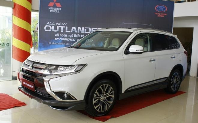 Mitsubishi Outlander 2016 dau tien tai VN, gia tu 1,1 ty hinh anh