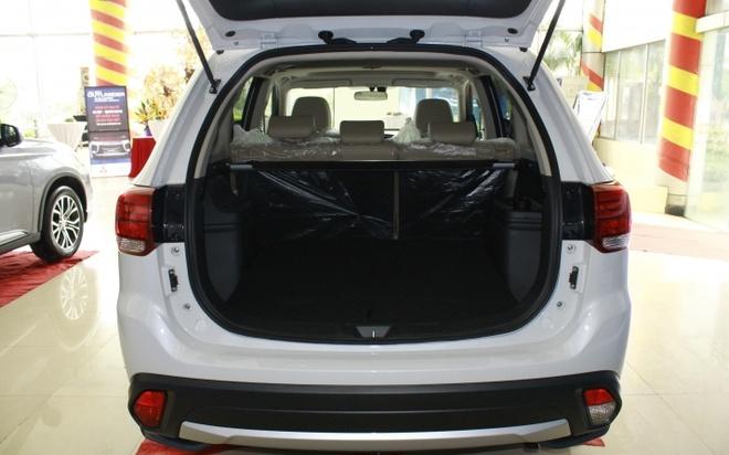 Mitsubishi Outlander 2016 dau tien tai VN, gia tu 1,1 ty hinh anh 13