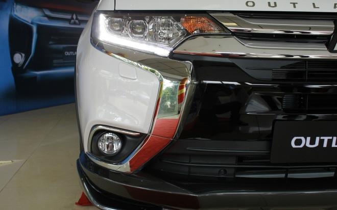 Mitsubishi Outlander 2016 dau tien tai VN, gia tu 1,1 ty hinh anh 6