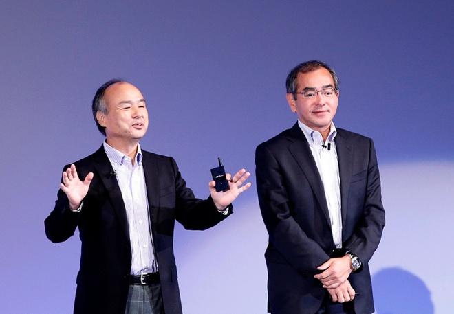 Honda va SoftBank san xuat xe tro chuyen cung tai xe hinh anh