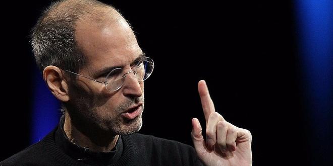 Steve Jobs giai thich ly do Apple bo cac tinh nang iPhone hinh anh