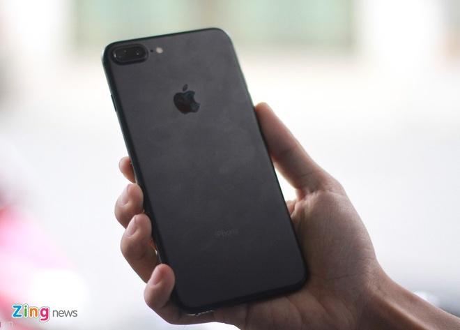 Dap hop iPhone 7 Plus tai Viet Nam hinh anh