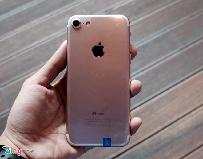 iPhone 7 nhai voi nut Home moi, gia 3 trieu dong tai TP.HCM hinh anh 2