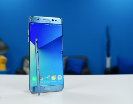 Samsung co the bo dong Note trong nam sau hinh anh