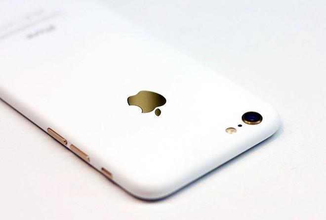 Sau iPhone den nham, xuat hien iPhone trang nham hinh anh