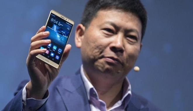 Huawei muon chiem vi tri Apple anh 1