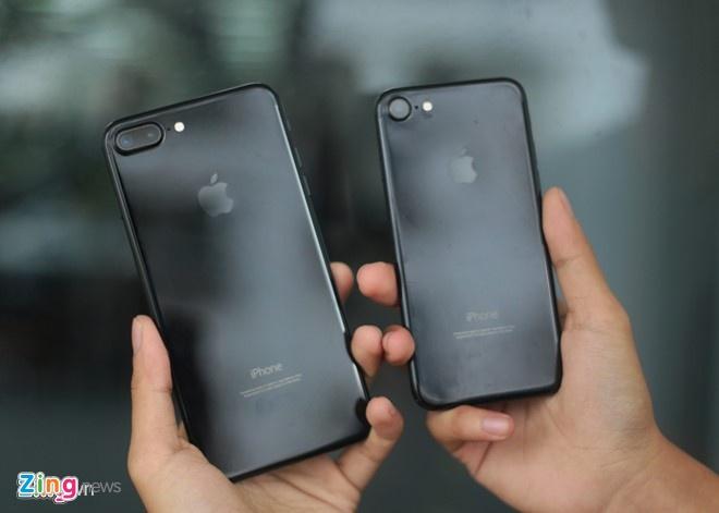 iPhone 7 tro thanh cuu tinh cuoi nam cua cac nha ban le hinh anh