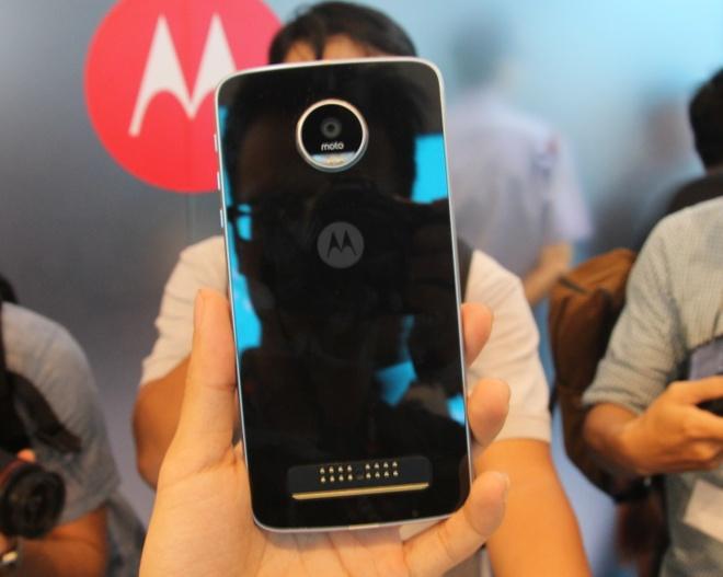 Smartphone tuy bien Moto Z ra mat tai Viet Nam hinh anh