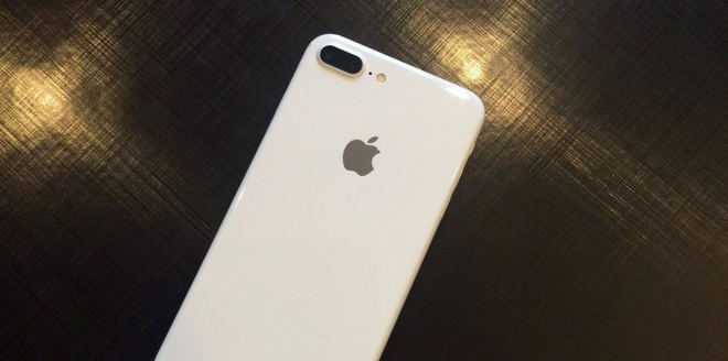 iPhone 7 Jet White xuat hien video hinh anh 1
