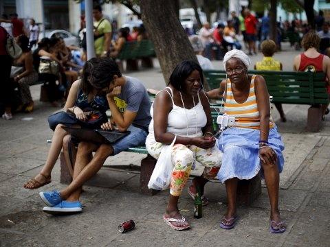 Internet tai Cuba anh 1