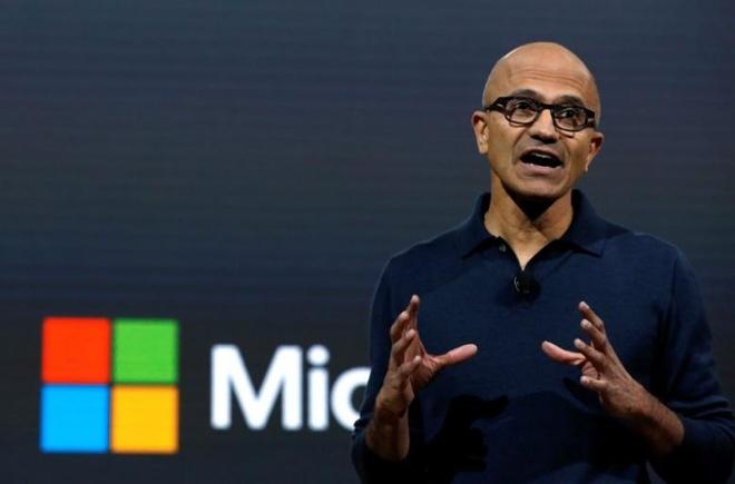 Microsoft dat gia tri 500 ty USD lan dau tien sau 17 nam hinh anh