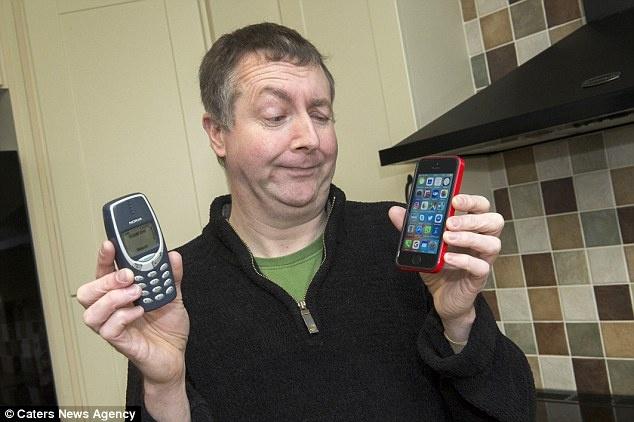 Nokia 3310 sau 17 nam van xai tot hinh anh 2