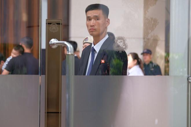 An ninh that chat khi ong Kim Jong Un ve khach san tai Singapore hinh anh