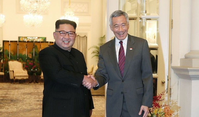 Ong Kim Jong Un gap ong Ly Hien Long sau khi den Singapore hinh anh