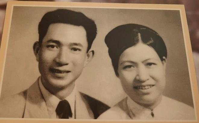 Gia dinh hien 5.000 luong vang cho Chinh phu nam 1945 hinh anh