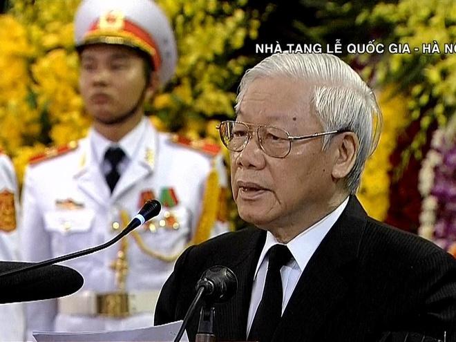 Tong bi thu Nguyen Phu Trong doc loi dieu nguyen Tong bi thu Do Muoi hinh anh